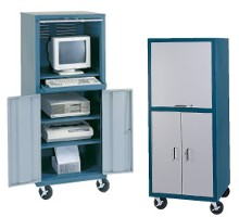 Mobile computer cabinet model csc6726